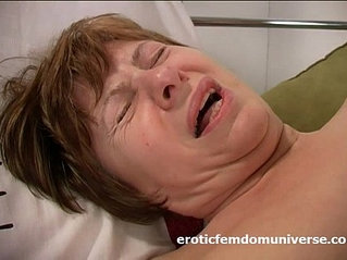 Horny grandma is in love sex with her pink dildo