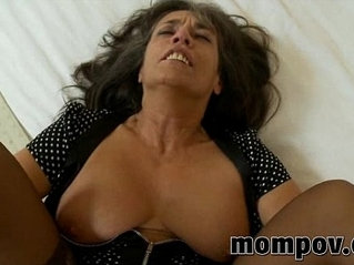 mature milf her throat fucked in her pantyhose