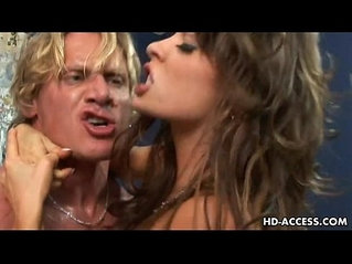Unbelievable blonde and brunette threesome