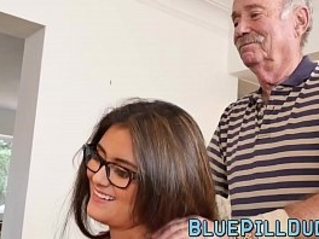 Alluring young babe with her nice curves banged by grandpa