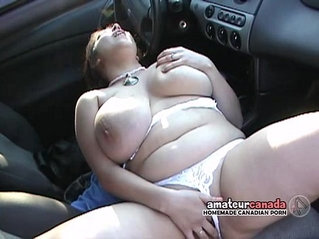 BBW with curvy huge boobs outdoor fingering in car