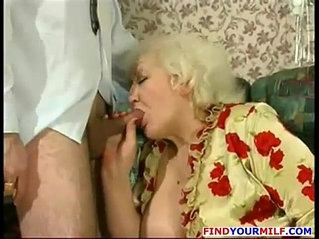 Russian amateur mom goes wild