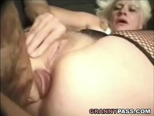 Barbie Face Granny Does Anal sex scene With Cock