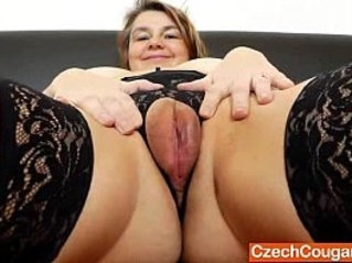 Amateur mom Drahuse solo masturbation with dildo