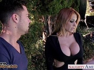 Kinky cougar alyssa lynn suck black cock outdoors